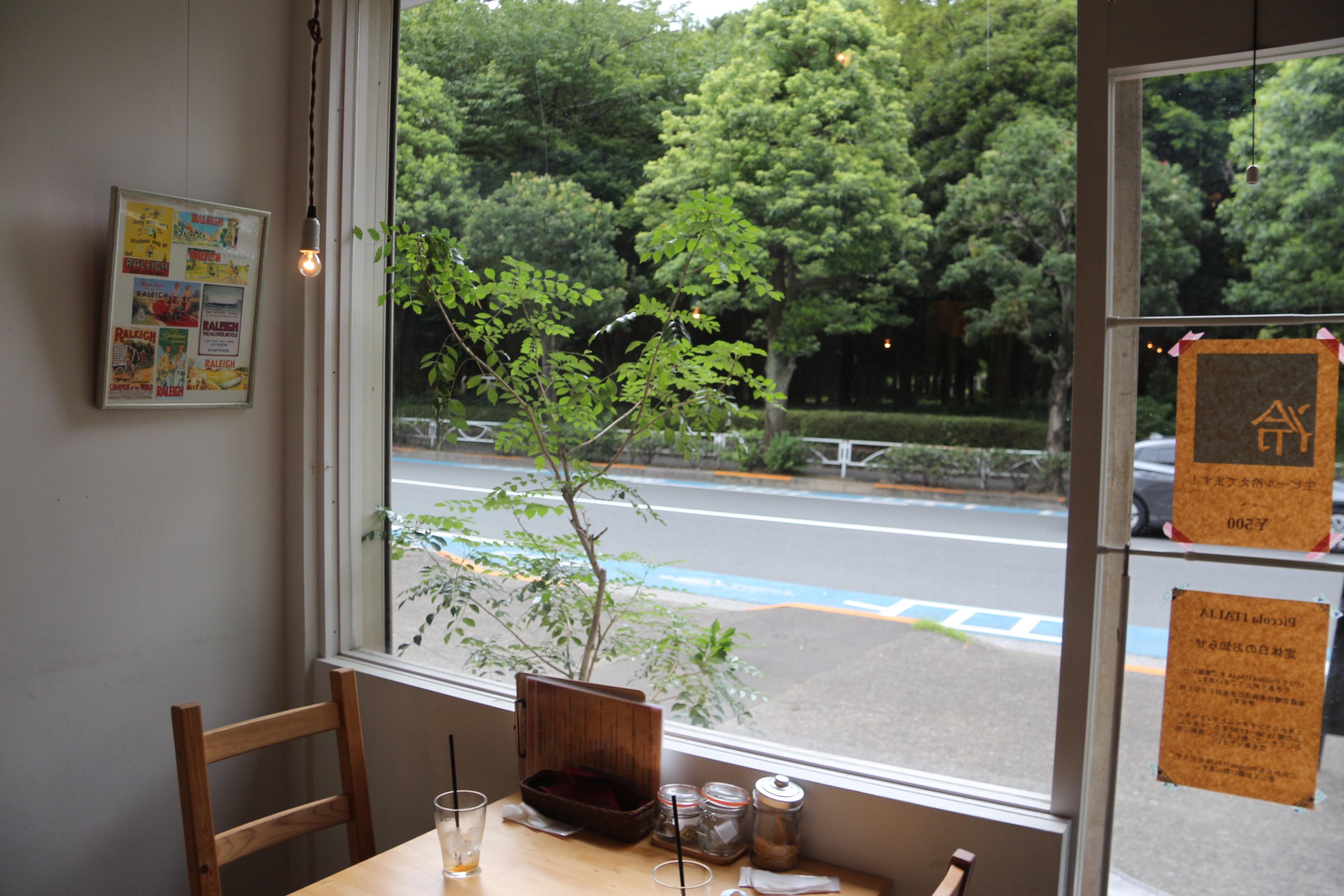 ピッコライタリア_窓