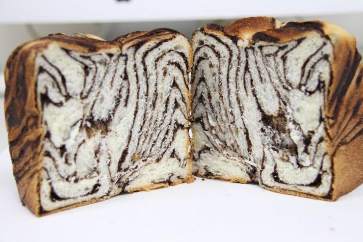 パンの断面