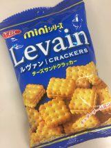 チーズサンドクラッカーのミニ袋