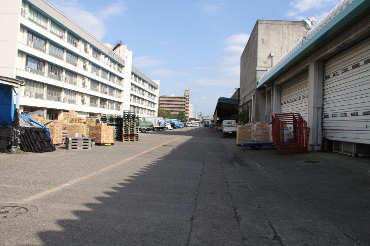 板橋市場 通路